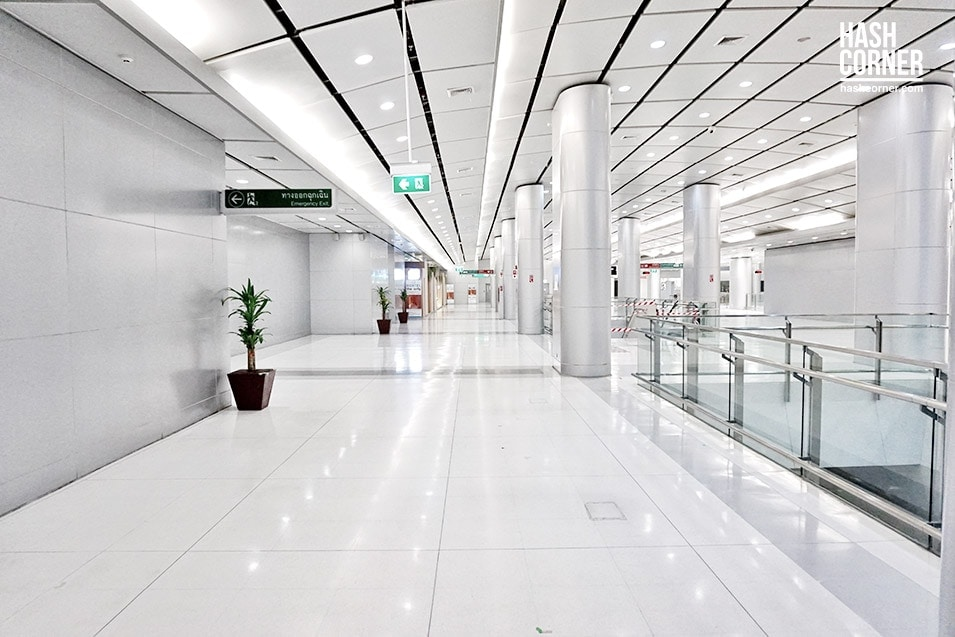 Boxtel-Thailand-Suvarnabhumi-Airport-06