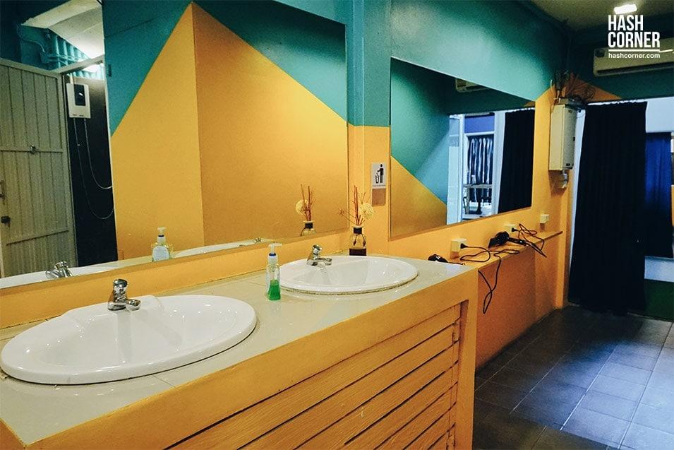 glur-watergate-hostel-pratunam-15